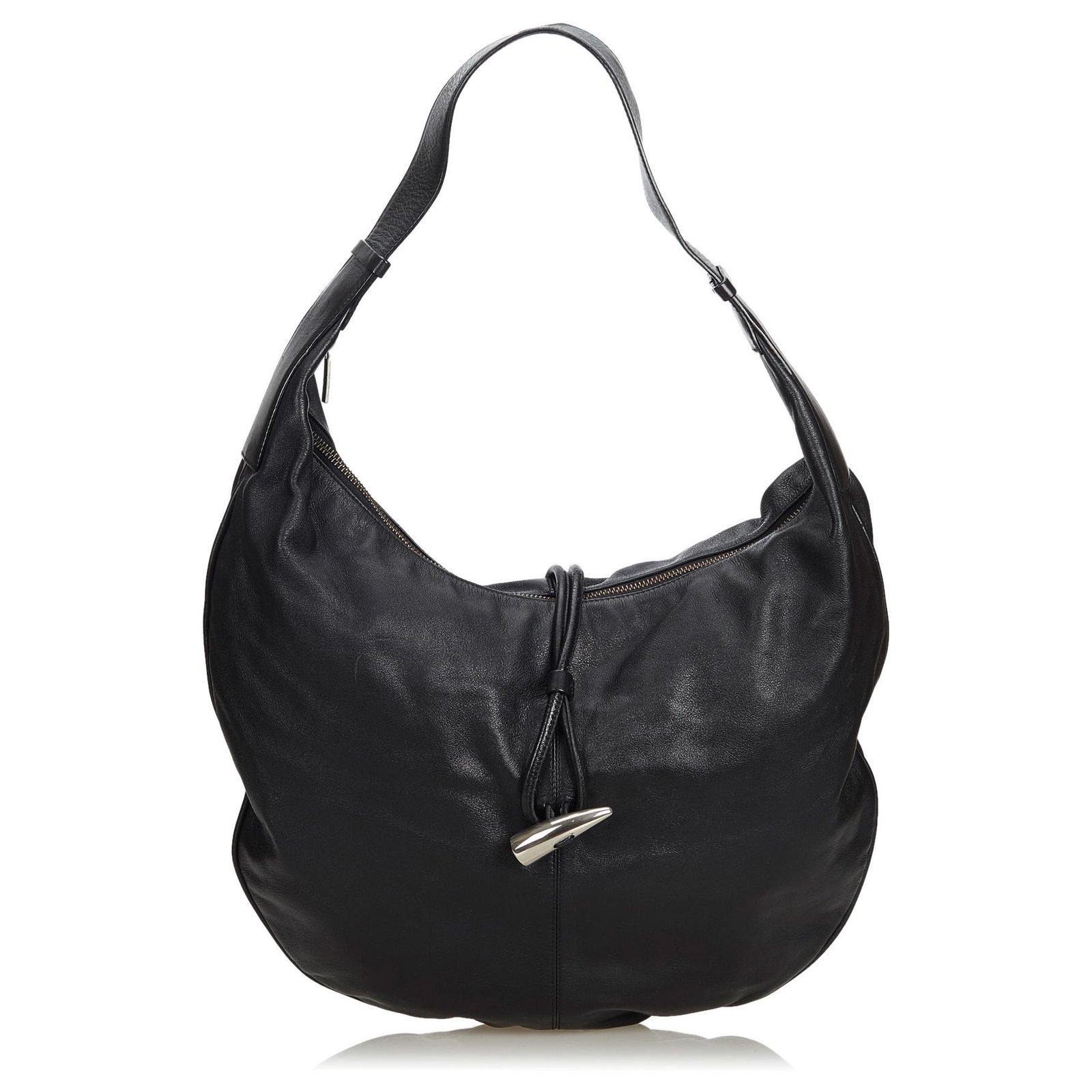 0df5493ef Burberry Burberry Black Leather Hobo Bag Handbags Leather,Other Black  ref.124367