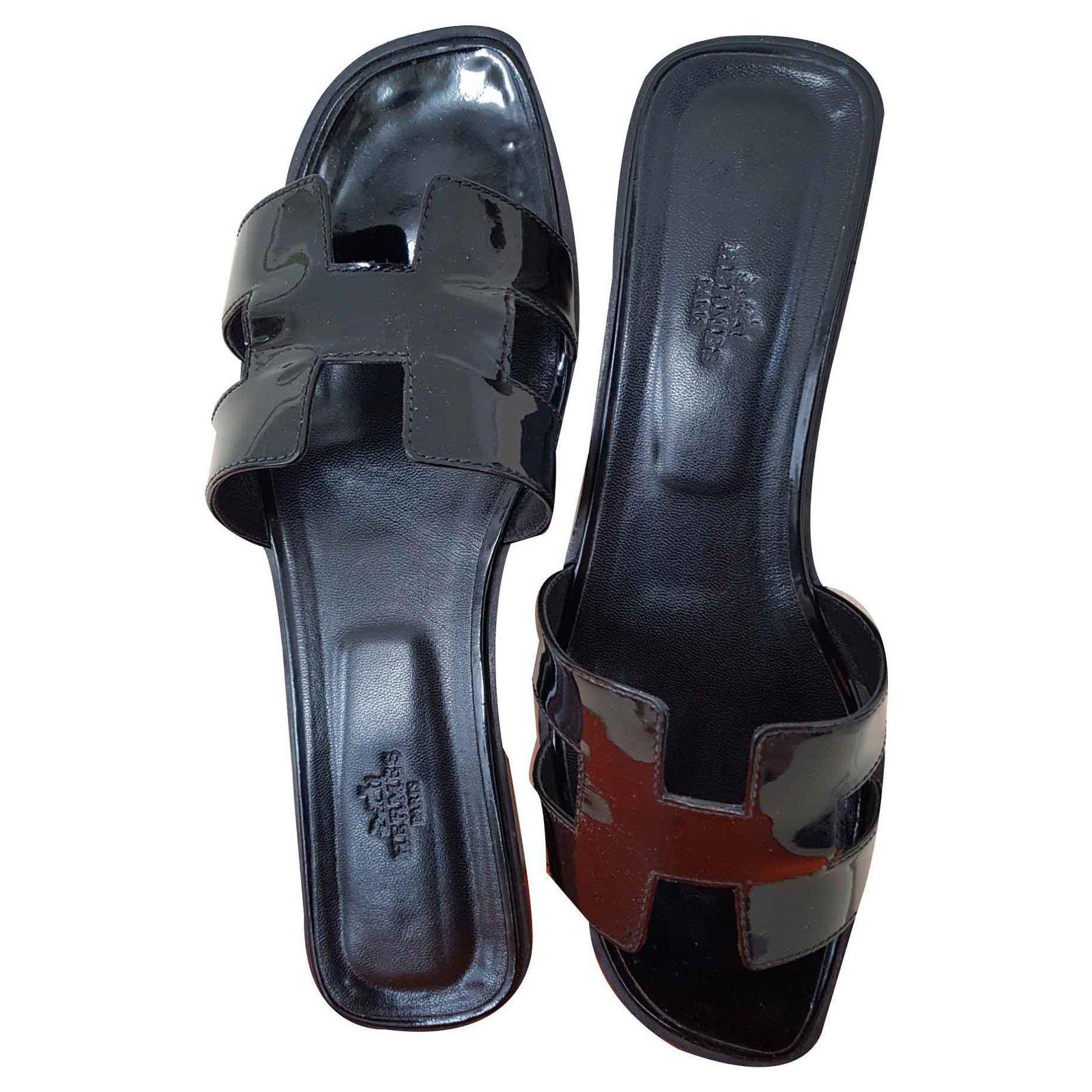 a57d4651053b Hermès Oran Hermes So Black Sandals Patent leather Black ref.125202 ...