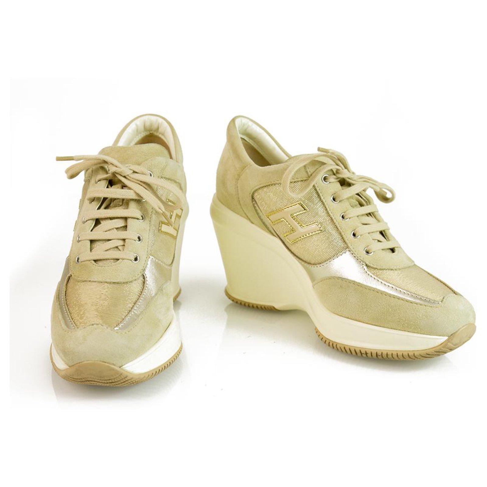 Hogan Sneakers Golden Suede ref.130355 - Joli Closet