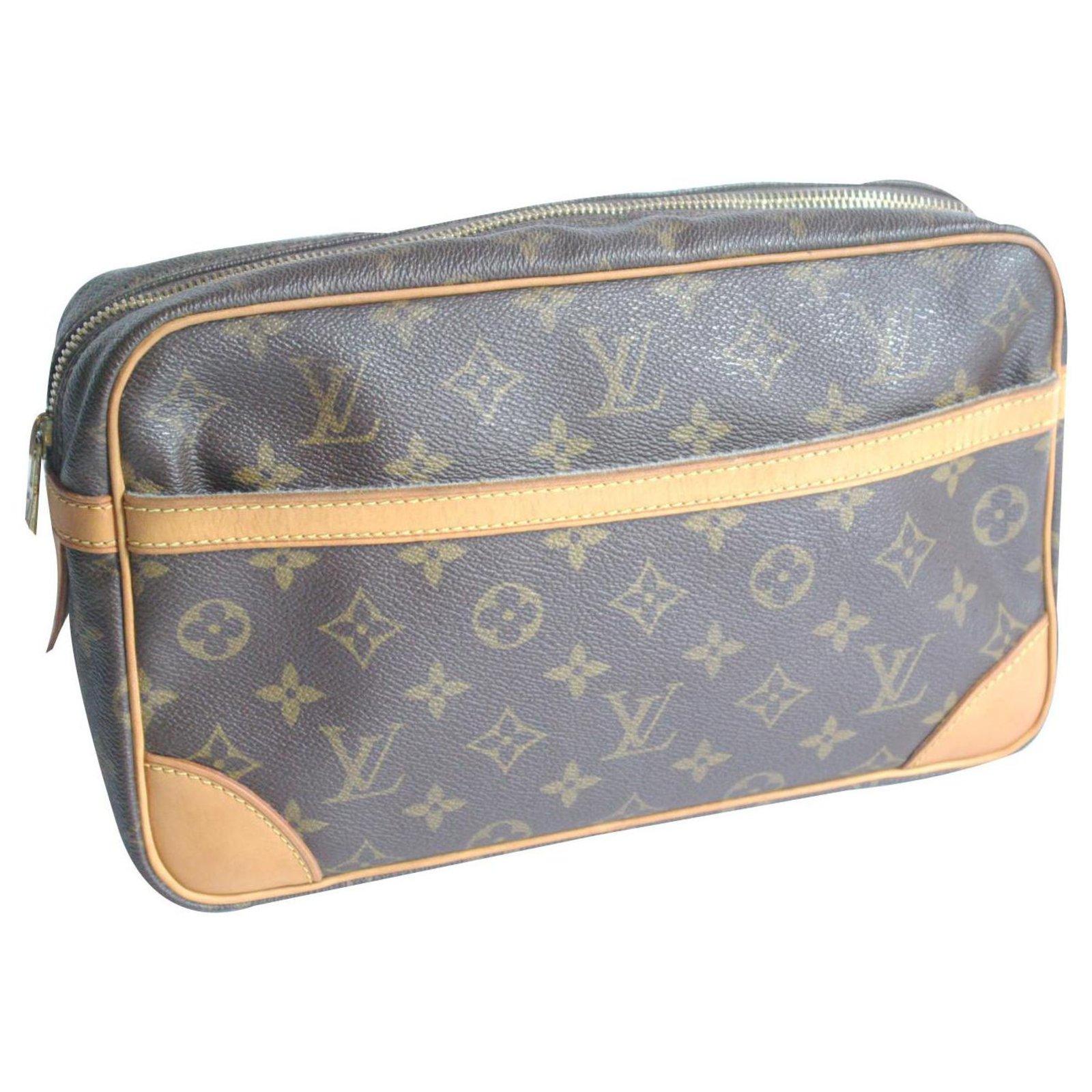 2bc3776b1 Louis Vuitton Compiègne 28 Clutch bags Leather,Cloth Brown ref.131431