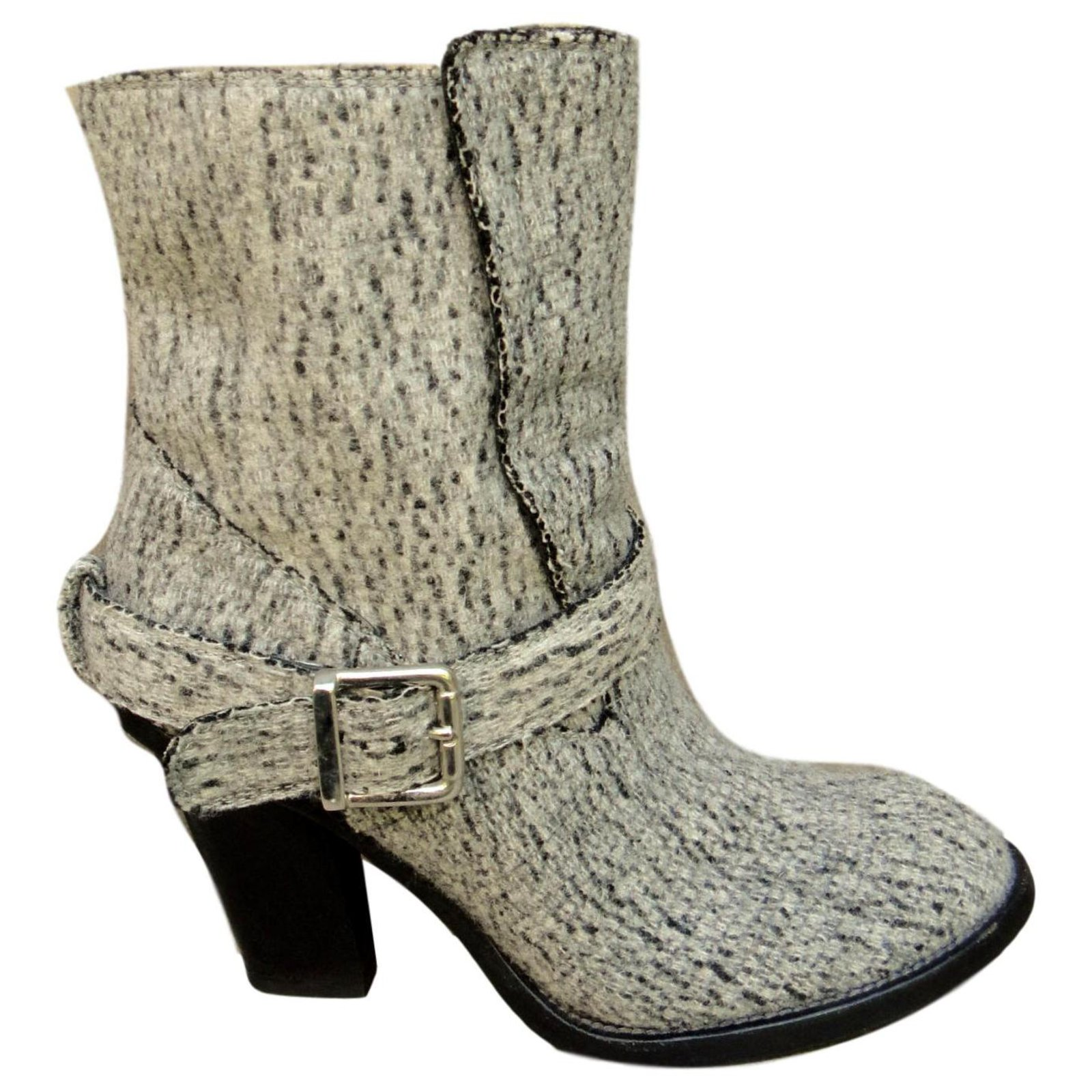 buy online offer discounts release info on Chloé Chloé leather and felt boots Ankle Boots Leather,Wool Grey ...