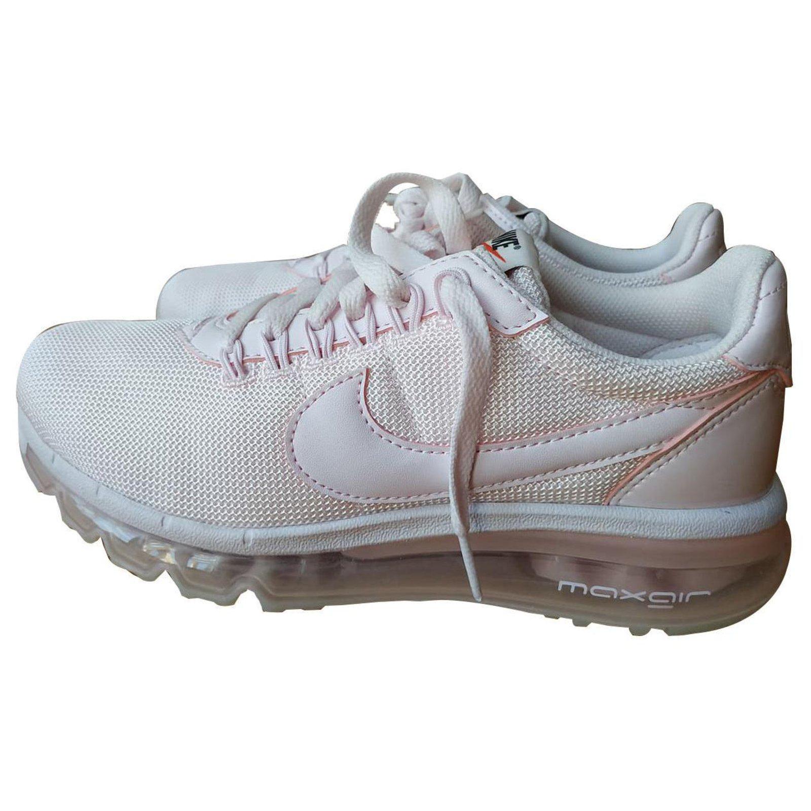 Nike Premium Ld Zero Trainers in Pearl Pink pearl pin