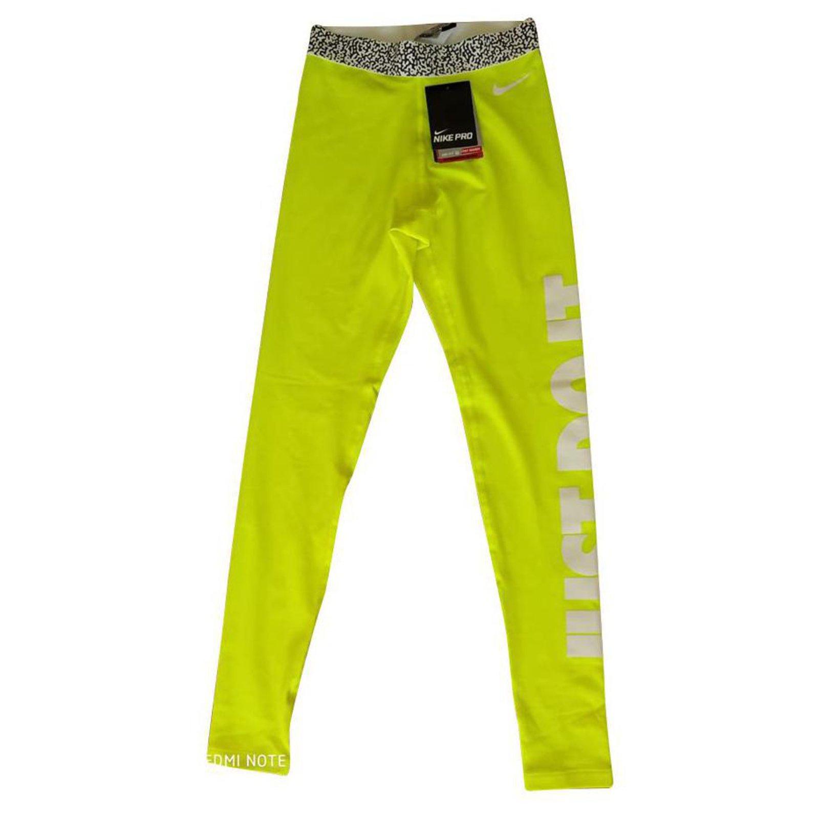pantalon nike jaune