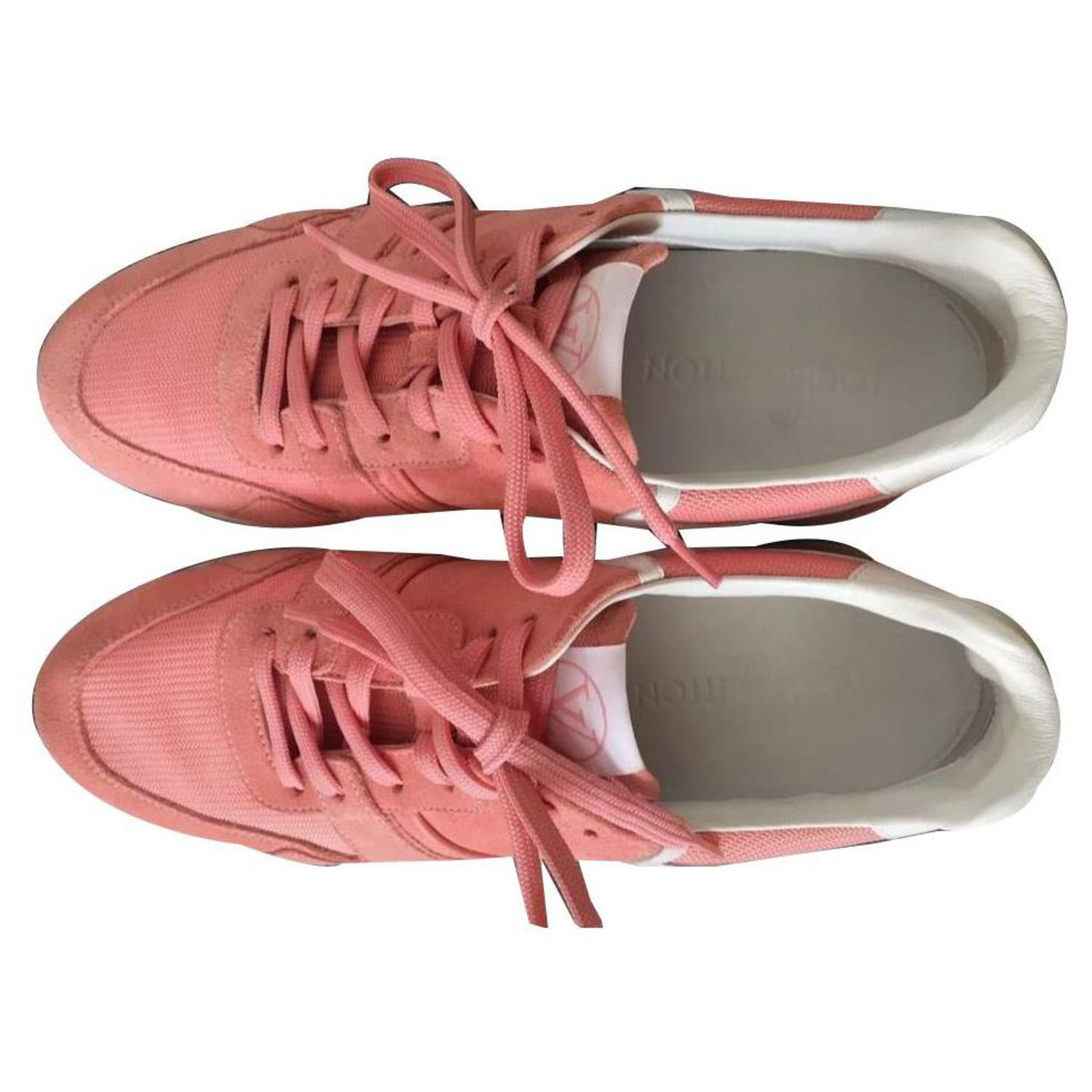 louis vuitton run away sneaker pink