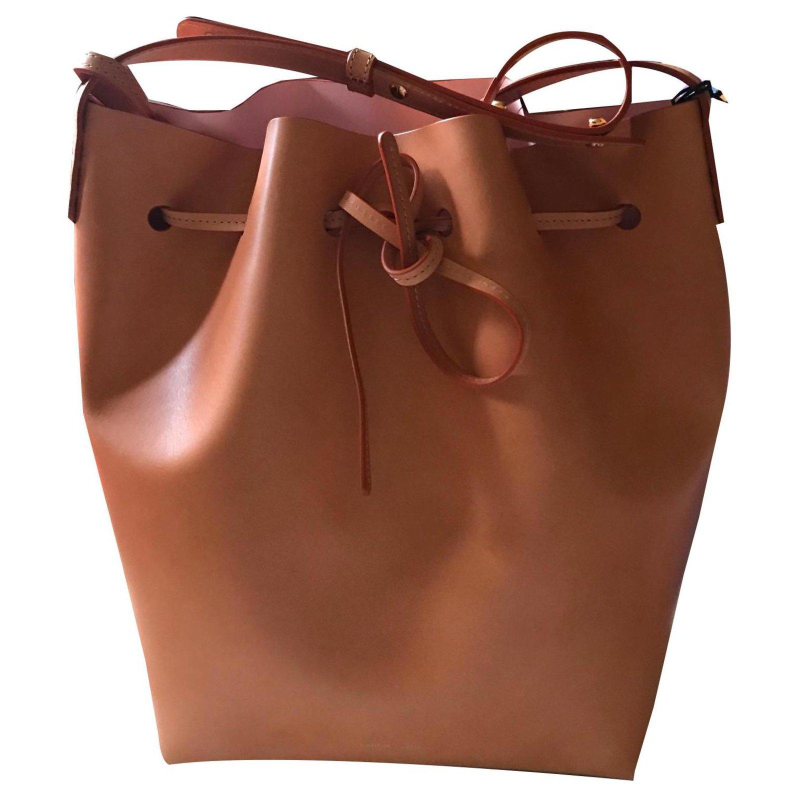 Mansur Gavriel Bucket Bucket Bag Handbags Leather Beige Ref 144343 Joli Closet