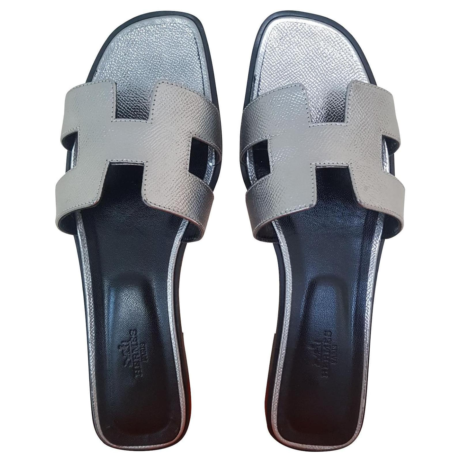 Sandales Hermès Oran H Epsom Argent Cuir vernis,Cuir d