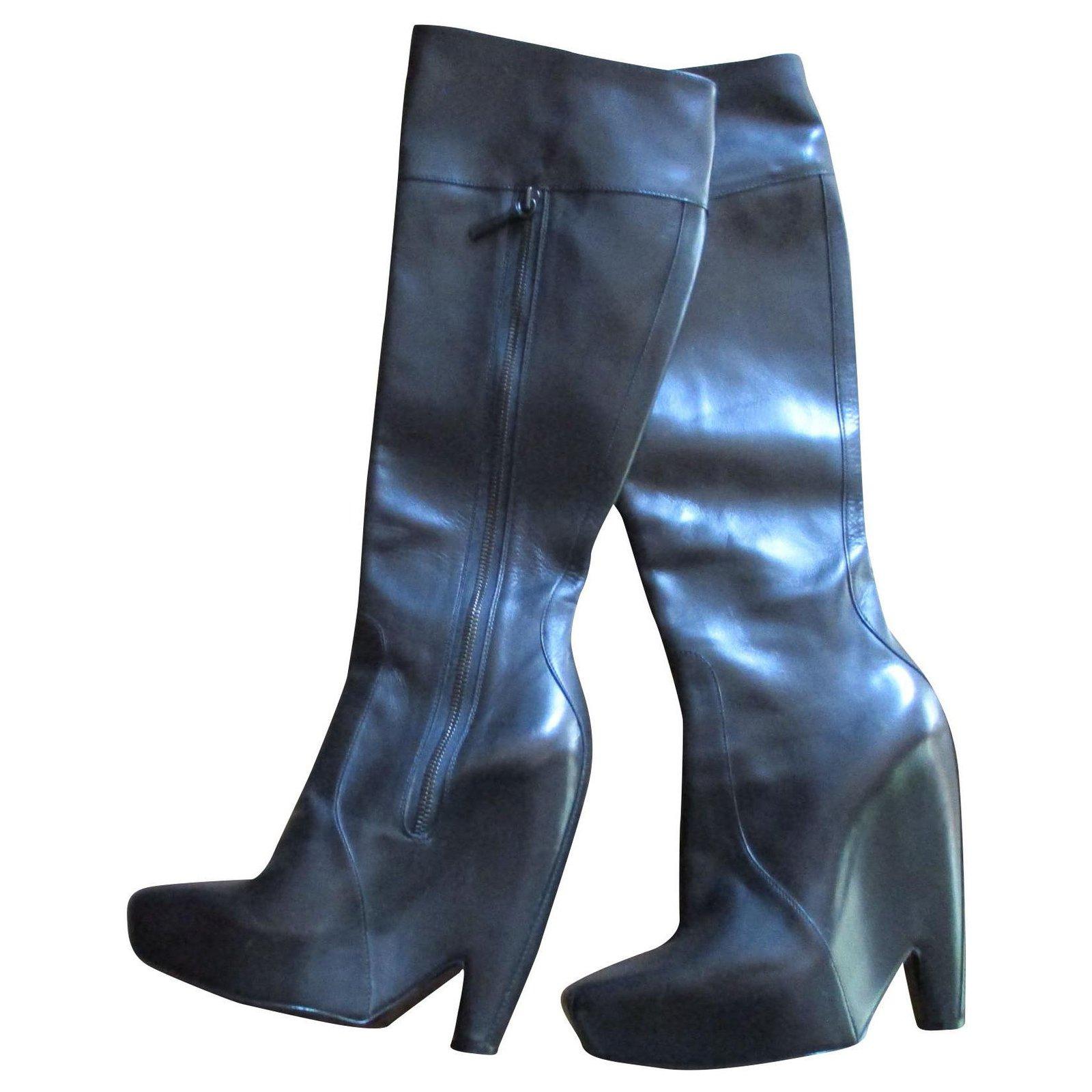 Balenciaga Black leather boots, 36,5 IT