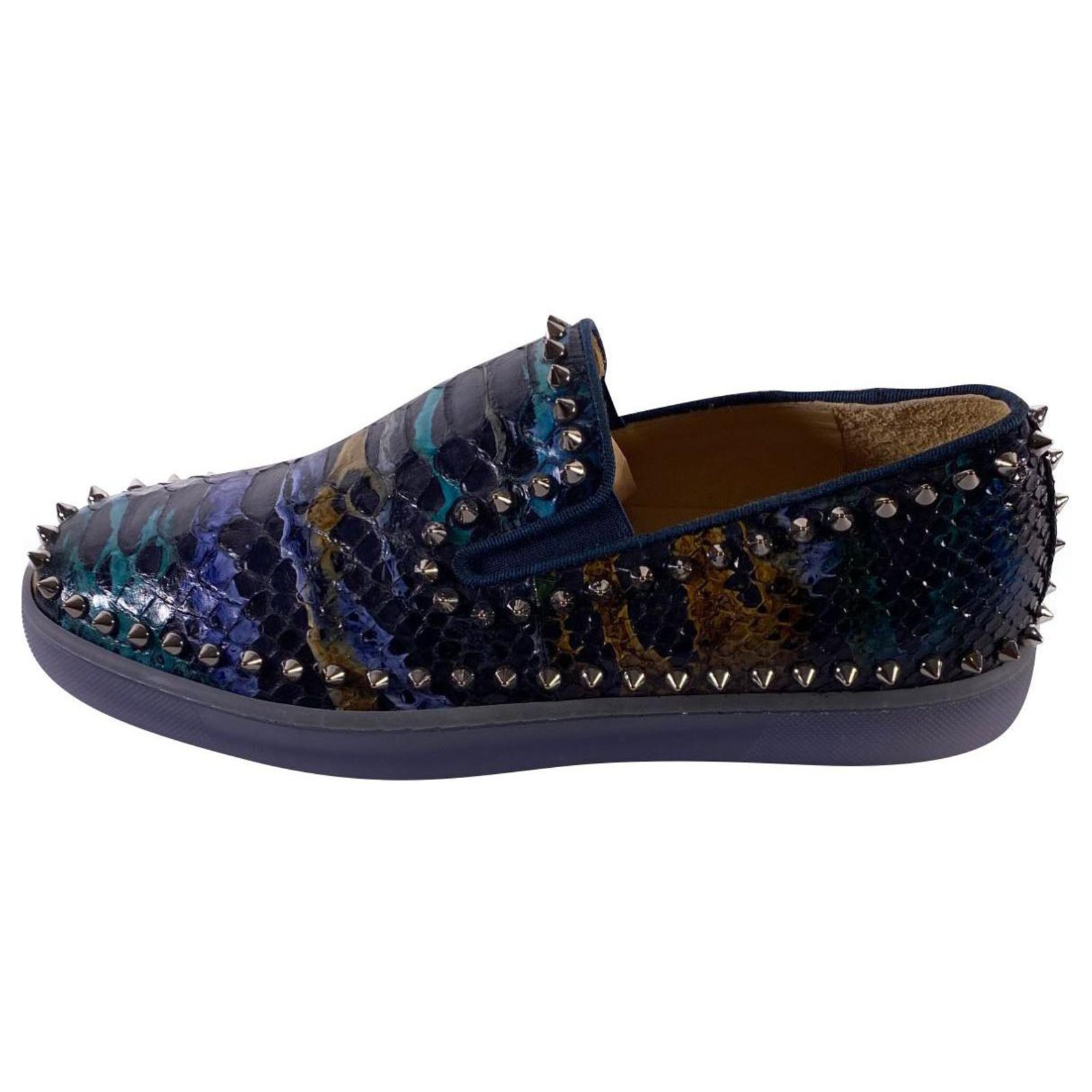 chaussure louboutin python homme