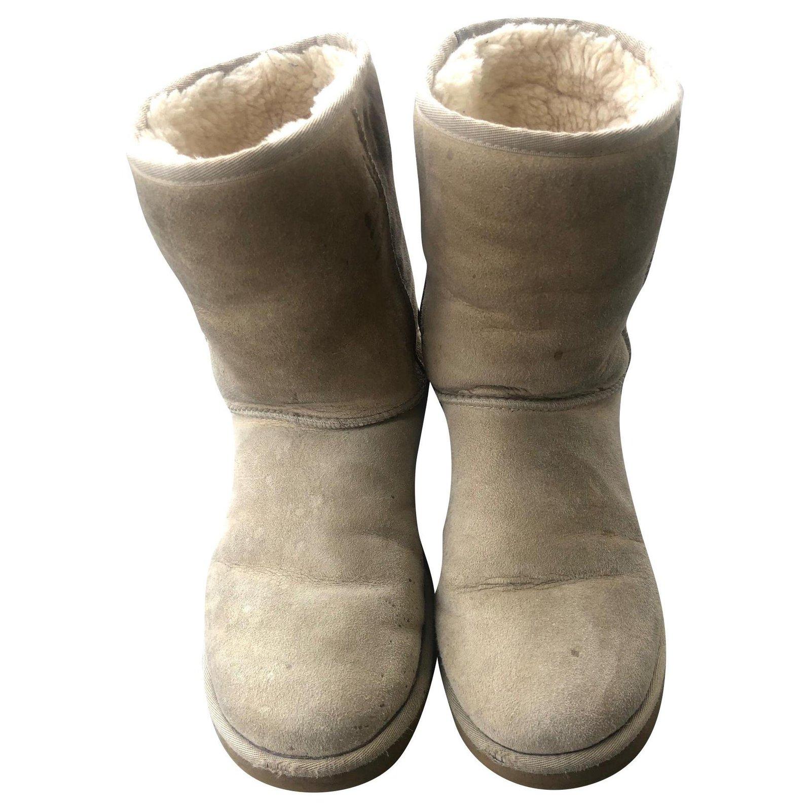 Ugg Boots Ugg Classic short Beige Boots