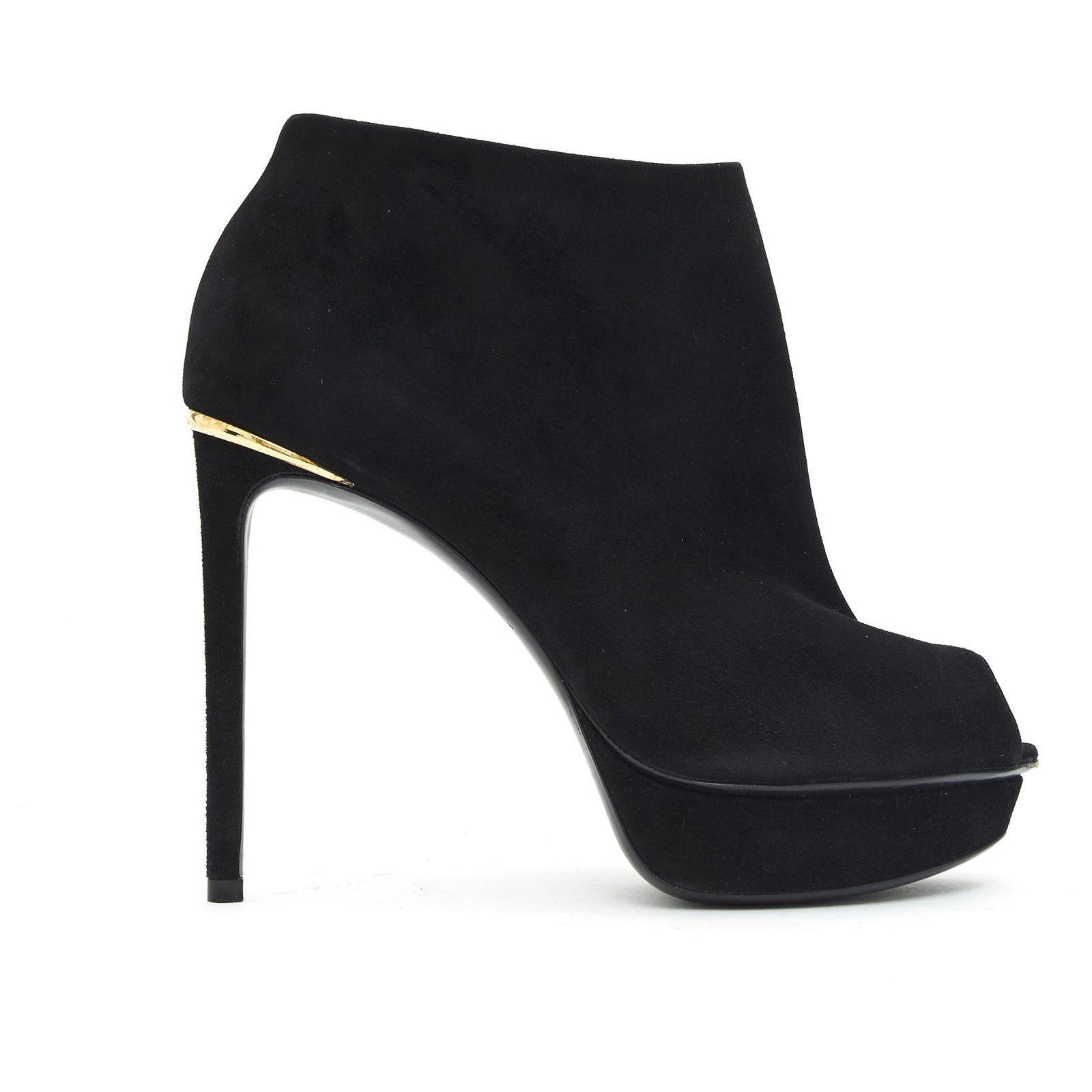 louis vuitton heels open toe