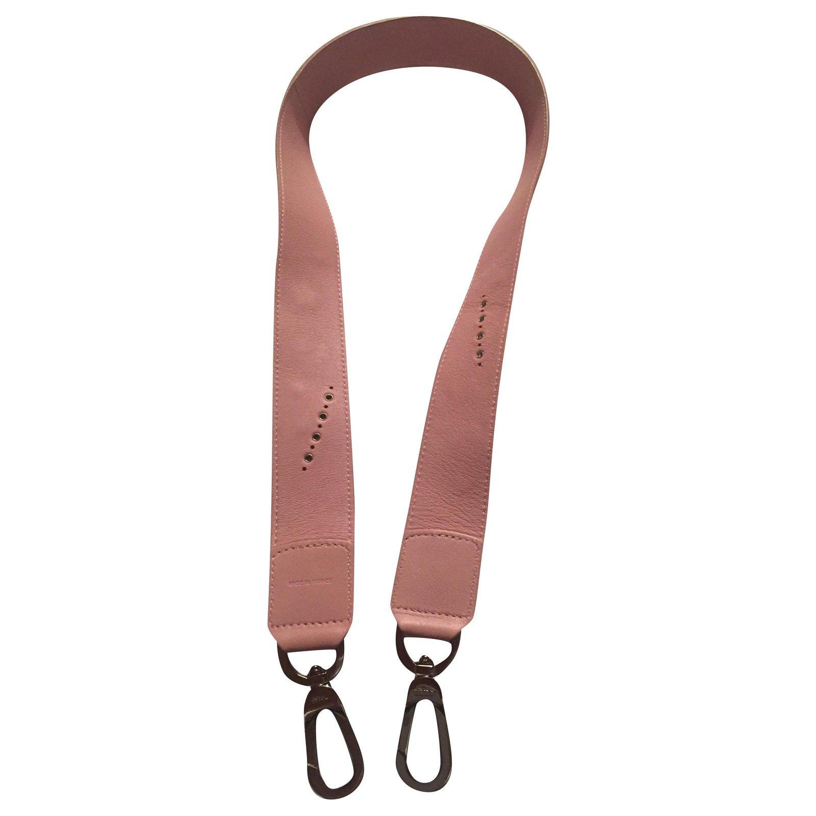 Le pliage cuir decorated shoulder strap