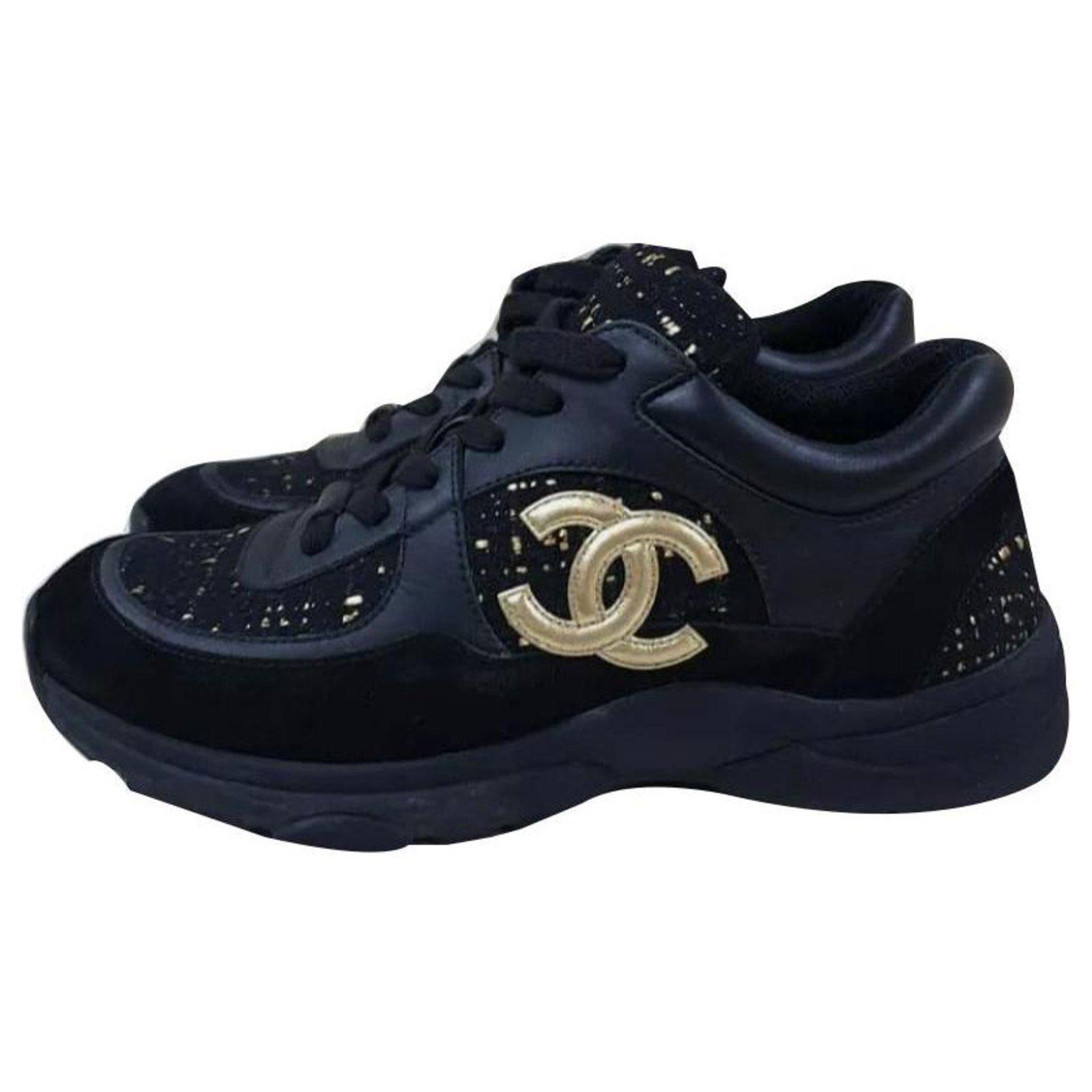 Chanel Chanel 2019 Black Gold CC Logo